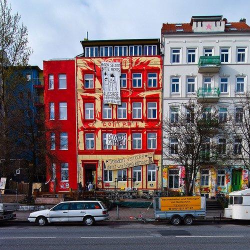 Häuser der Hafenstraße in Hamburg St. Pauli