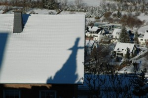 Das Kreuz im Schnee