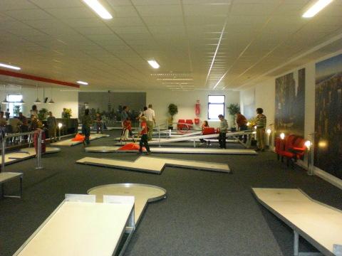 Ungefähr zwei Drittel der Fläche: Indoor Minigolf Bestwig