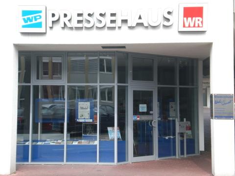 Die Westfalenpost in Meschede - mit Zombie WR