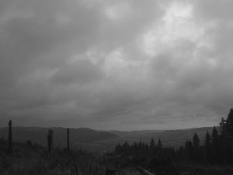 Auf der Höhe, unter den Wolken, über den Tälern - ein grauer Montag