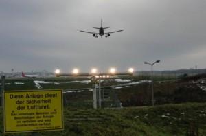 Hamburger Flughafen: Landeanflug (foto: zoom)
