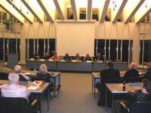 Im großen Sitzungssaal des Kreistags in Meschede (archiv: zoom)