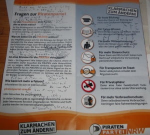 Kritzel, kritzel: mein Gesprächsprotokoll (foto: zoom)