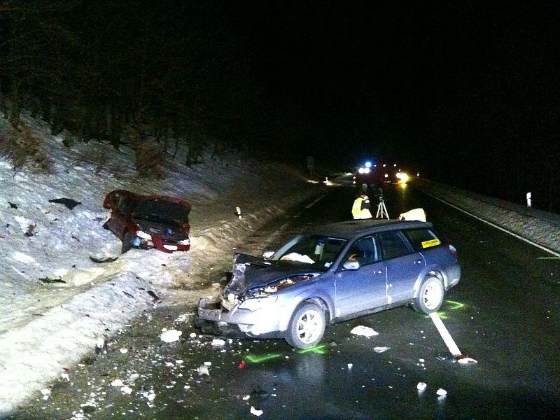 Unfall auf der B251. (foto: ffw)