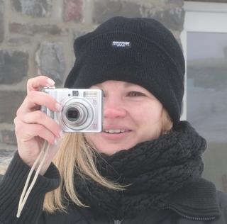 Marion Koerdt schaut genau hin. Zu Besuch auf dem Kahlen Asten. (foto: zoom)