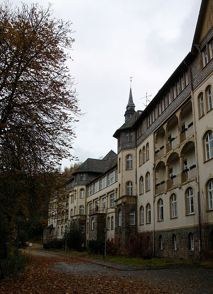 Ehemalige Veramed Klinik in Beringhausen (foto: S. Didam, wikimededia)