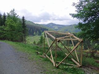 Baustelle an meiner Laufstrecke: Hochsitz (foto: zoom)