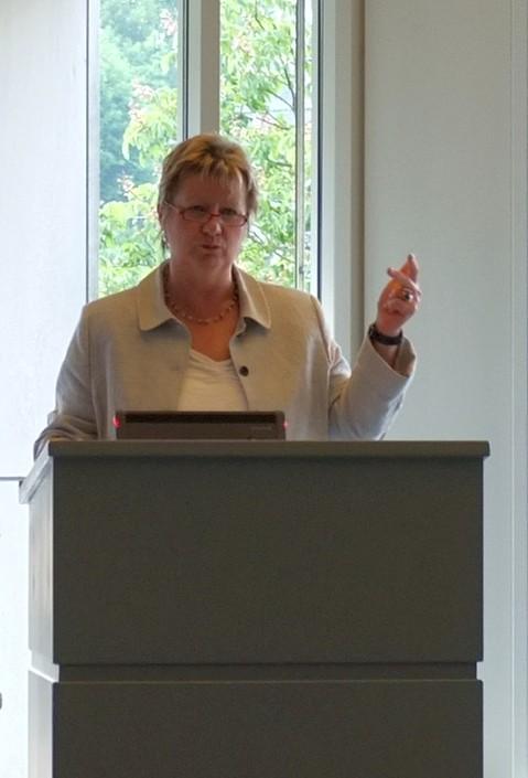 Schulministerin Sylvia Löhrmann redet Klartext (foto: wendland)
