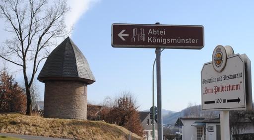"""Vom Turm noch 100 Meter bis zur Gaststätte """"Am Pulverturm"""" (fotoarchiv: zoom)"""