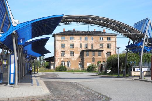 Bundestdeutscher Busbahnhof in Güstrow 21 Jahre nach der Wiedervereinigung