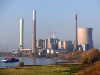 Kohlekraftwerk Möllen am Niederrhein (foto: zoom)