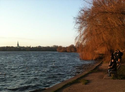 Silvester in Hamburg. Alsterperle an der Außenalster (foto: Eva-Maria Rose)