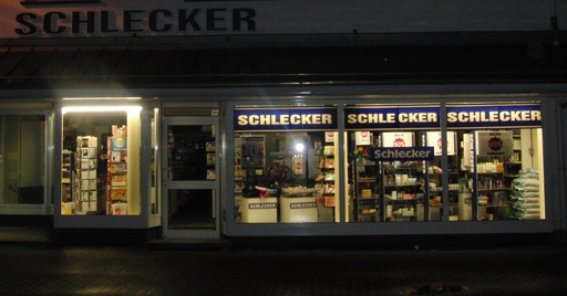 Schlecker in Siedlinghausen. Wie lange noch? (foto: zoom)