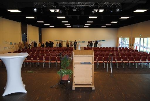Blick vom Podium: der Veranstaltungsraum des Kongress-Zentrums