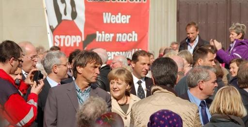Vielleicht steht die Physikerin Angela Merkel hier schon auf ihrem Zukunftsplatz. (foto: hesse)