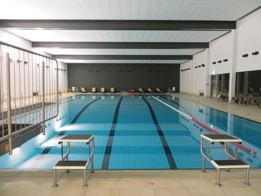 Stark defizitär: das Oversum Schwimmbad in Winterberg.