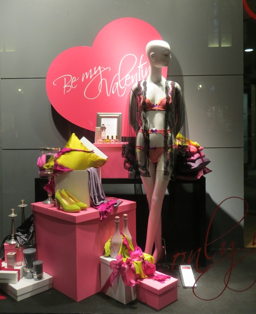 """Be my Valentine"" ... im Schaufenster (foto: zoom)"
