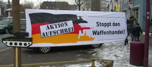 Transparent vor dem CDU-Büro in Meschede.