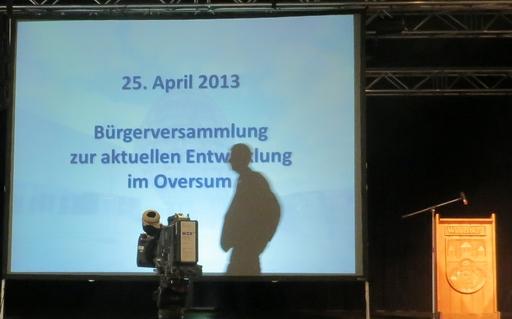 Druck aus der Bevölkerung, Druck vom Investor: Bürgermeister Werner Eickler (foto: zoom)