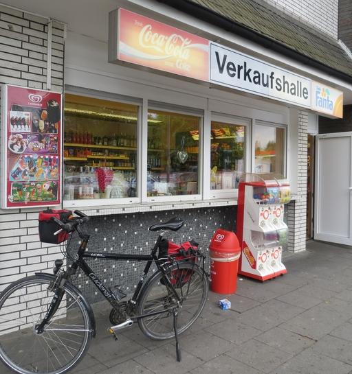 """""""Rote Bude"""" an der Augustastraße"""