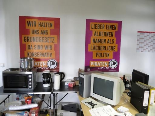 Kaffee-Ecke im Piratenbüro.