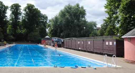 Schwimmbad zoom for Jesus green swimming pool cambridge