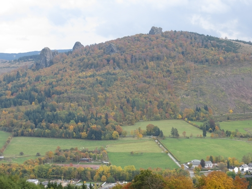 Heidkopf: Blick auf Bruchhauser Steine