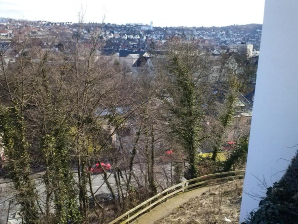 Vom Sauerlandmuseum heute: Blick in den Abgrund (foto: loos)