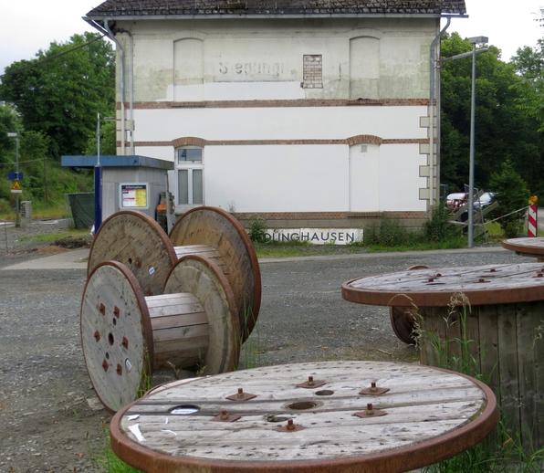 """Seit dem Bau des Bahnhofs 1906 seien viele Einrichtungen nicht mehr bewegt worden: """"108 Jahre Stillstand"""""""