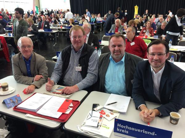 Auf dem Landesparteitag (v. l.): Michael Stechele (Sundern), Torben Firley (Winterberg), Peter Rosenfeld (Olsberg) und Dirk Wiese (MdB, Brilon). (foto: spd)