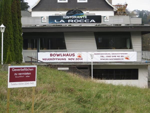 Das Bowlhaus in Winterberg ist mal auf und dann wieder zu. Verhext? Verwunschen? oder was? (fotos: zoom)
