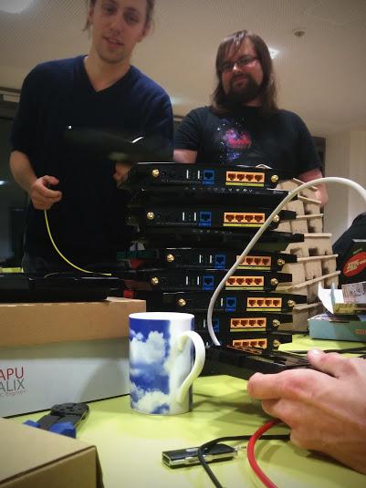 Insgesamt wurde Hardware im Wert von ca. 5000€ verbaut.