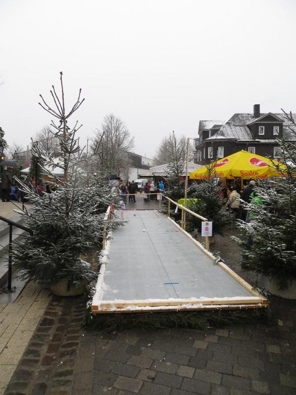 Die Eisstockbahn am Samstag Nachmittag.