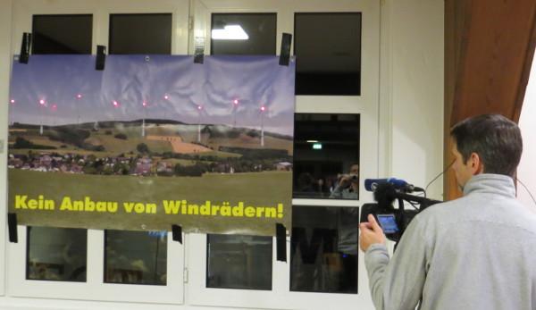 Rekursion der Medien: wenn der Hörfunk gefilmt wird ...