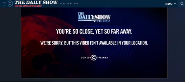 Schade :-( Ich würde mir gerne die Daily Show auch in Deutschland auf Youtube angucken können. (screenshot: zoom)