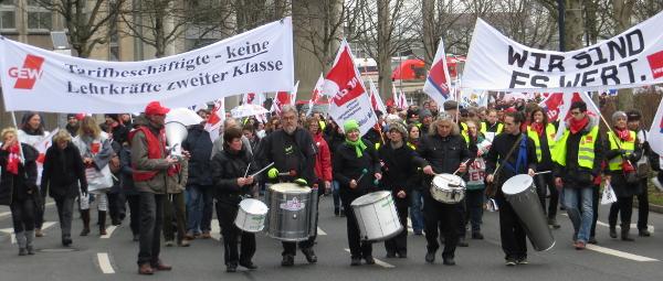 Der Demonstrationszug nahe dem Dortmunder U. (fotos: zom)