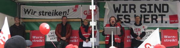 Die Abschlusskundgebung in Dortmund. (foto: zoom)