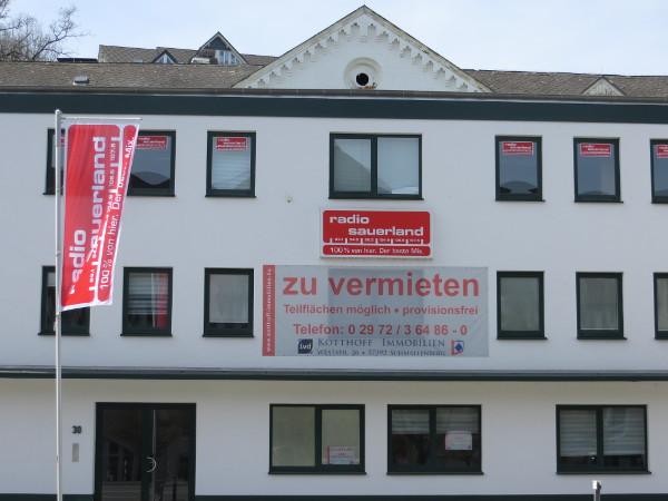 Radio Sauerland ist der lokale Dudel-Funk und muss gar nicht vermietet werden. (fotos: zoom)