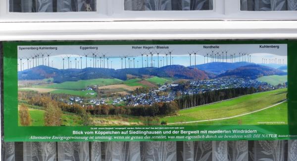 Spargel, Landschaft Photoshop - fertig ist das Szenario des Grauens vor den Gardinen an der Sorpestraße. .