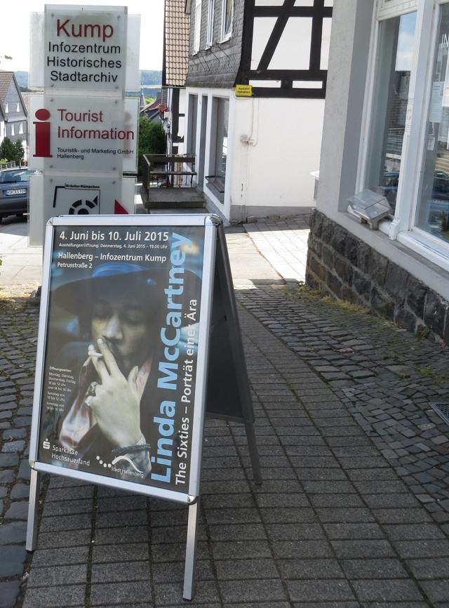Jimi Hendrix, Janis Joplin und die Mamas&Papas in Hallenberg. Komisch, aber wahr. (foto: zoom)