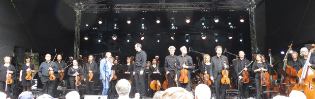 Am Schluss waren alle zufrieden. Interpret, Orchester  und Publikum.