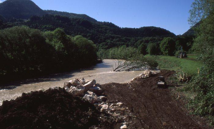 Tiroler Ache bei Schleching im Chiemgau nach dem verheerenden Hochwasser im Mai/Juni 2013.