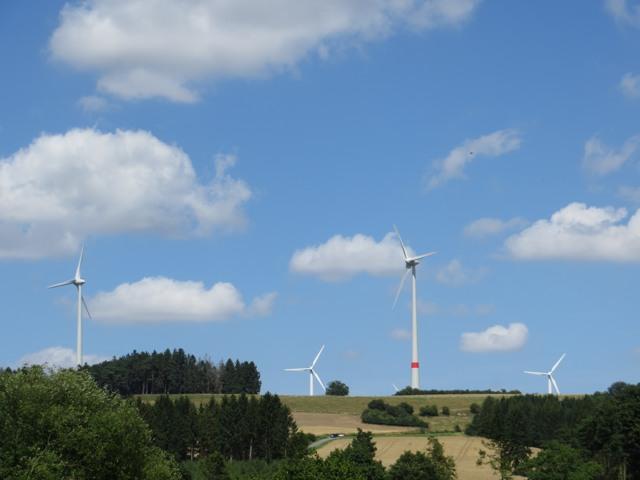 Der Möhnetalradweg Brilon-Neheim. Hier der Blick kurz hinter Rüthen. (foto: zoom)