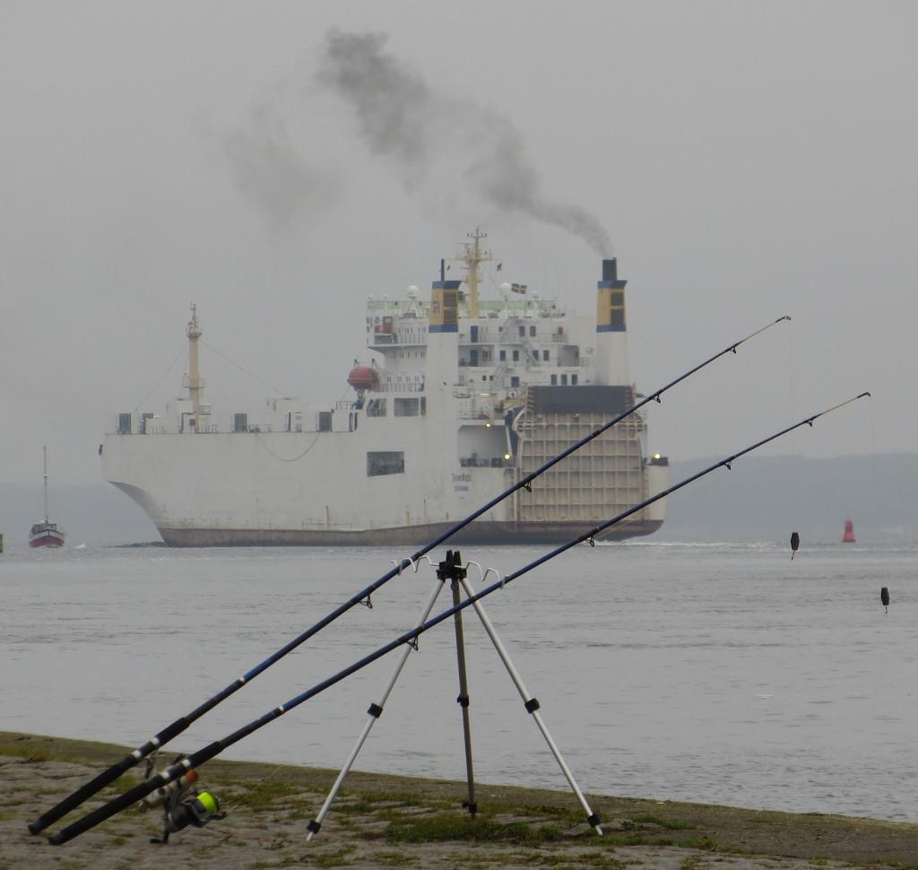 Ich seh die Schiffe de Fluss herunterfahren ... (foto: zoom)