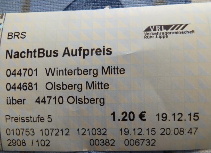 Trotz Jahresticket darf der Fahrgast ab 20 Uhr den Nachtbuszuschlag bezahlen. (foto: zoom)