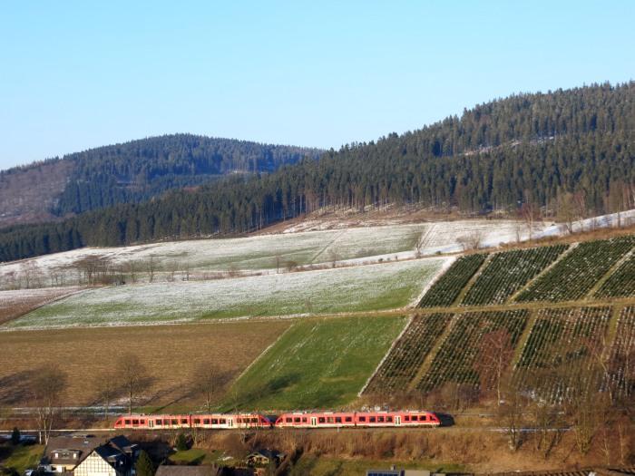 Der Zug von Dortmund nach Winterberg passiert heute um 17 Uhr Siedlinghausen.