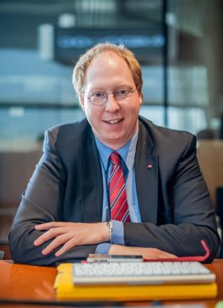 Mathias Ilgen MdB, Mitglied im Ausschuss für Wirtschaft und Energie und Koordinator für Existensgründung (foto: spd)