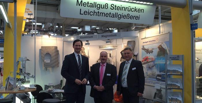 Dirk Wiese bei den heimischen Unternehmen auf der Hannover-Messe. (foto: spd)