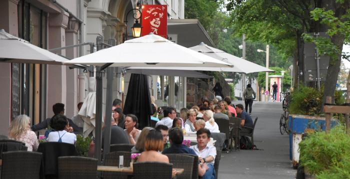 In Kassel kann man gaut leben. Der Vordere Westen erinnert mich an Hamburg Winterhude. (foto: zoom)